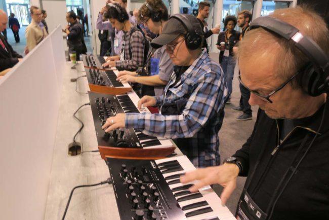 4 Korg Prologue Keyboards